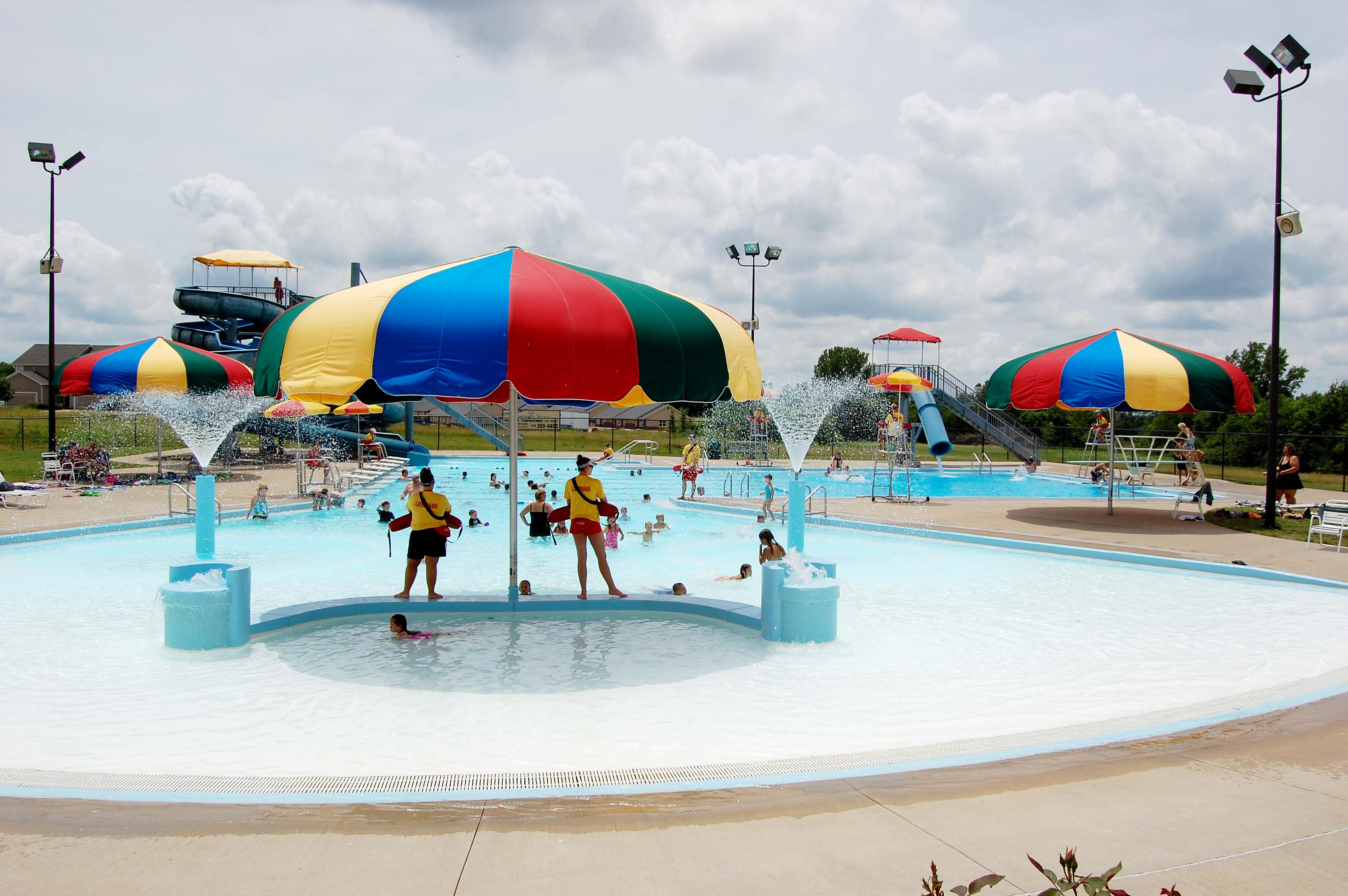 Kids swimming at the Louisburg Aquatic Center